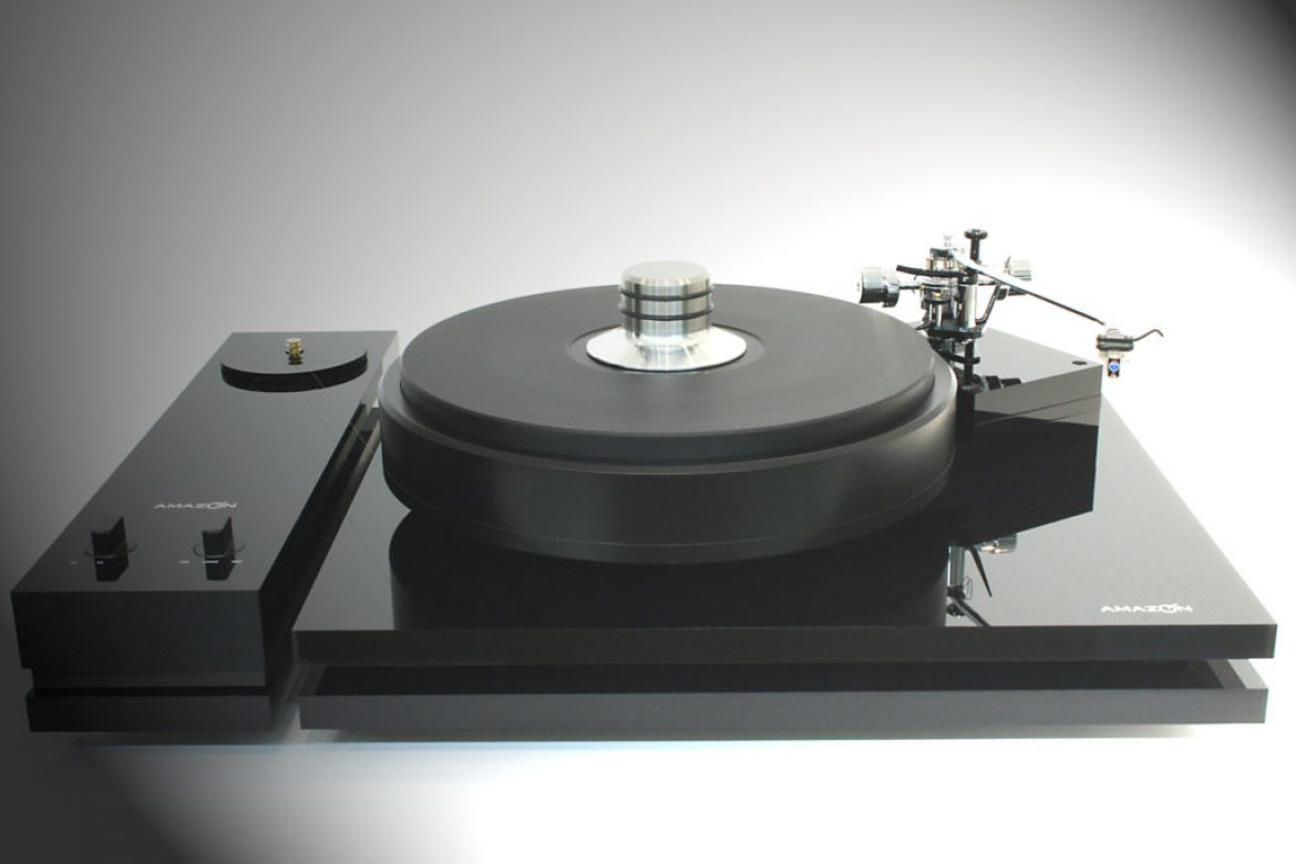 Amazon Audio – Grand Reference Turntable